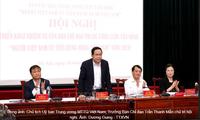 """Vietnamese people prioritize Vietnamese goods"" campaign reviewed"