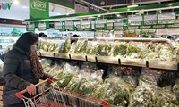 Hanoi's farmers sell their products via supply chains