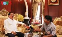 Party General Secretary Le Kha Phieu -a close friend of Laos