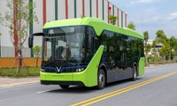Vinfast test runs first e-bus within its factory