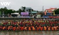 Ngo boat race opens Khmer Ok-om-bok festival