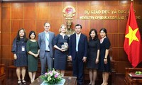 Vietnam, New Zealand enhance educational cooperation