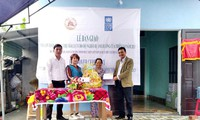 UNDP hands over storm and flood resillient houses for the poor in Quang Nam