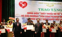 Da Nang city honors Emeritus Doctors