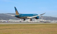 Vietnam Airlines resumes international air routes