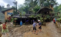 Northern Vietnam cope with storm and flood