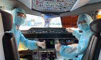 Vietnam resumes international flights