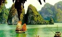 Baie d'Halong: un des 5 paradis tropicaux d'Asie