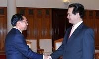 Nguyên Tân Dung reçoit le gouverneur de Rangoun en visite au Vietnam