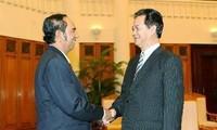 Nguyen Tan Dung reçoit le ministre cambodgien So Khun