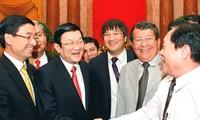 Le président Truong Tan Sang reçoit les entrepreneurs exemplaires