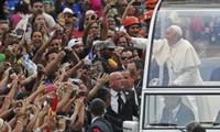 Le pape François est arrivé à Rio de Janeiro