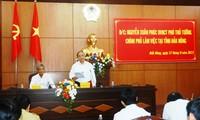 Le vice-Premier ministre Nguyen Xuan Phuc se rend dans la province de Dak nong