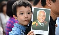 Le peuple vietnamien regrette le général Vo Nguyen Giap