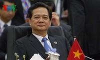 Le Premier Ministre Nguyên Tân Dung aux conférences au sommet de l'ASEAN