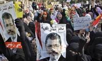 Egypte: des islamistes manifestent avant le procès du président Morsi