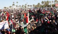 Manifestation contre le parlement libyen à Tripoli et Benghazi
