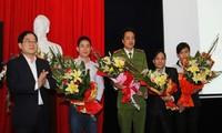 Dix jeunes figures exemplaires de 2013