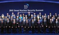 Nguyen Tan Dung prend part au Sommet sur la sécurité nucléaire à La Haye