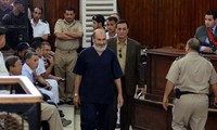 Egypte : 126 pro-Morsi condamnés à dix ans de prison