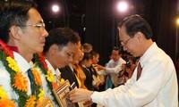 Ho Chi Minh-ville honore les entreprises privées