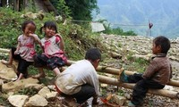 Les Etats-Unis viennent en aide aux enfants démunis de Thua Thien-Hue