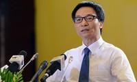 Le vice-Premier ministre Vu Duc Dam préside une réunion sur la sûreté alimentaire