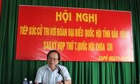 Les députés à la rencontre des électeurs de Dak Nong et de Can Tho