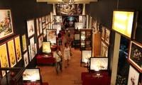 Vernissage de l'exposition de peintures «Pour la paix sur la terre»