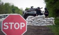 """Petro Porochenko : Les tactiques de l'""""opération antiterroriste"""" dans l'est doivent être ajustées"""