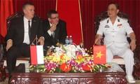 Renforcer la coopération Vietnam-Pologne dans le secteur naval