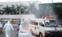 Exercice de prévention contre le virus Ebola à l'aéroport de Tan Son Nhat