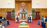 Le ministre cubain de l'Industrie alimentaire en visite au Vietnam