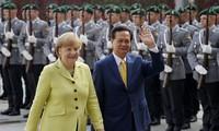 Fin de la visite en Allemagne de Nguyen Tan Dung
