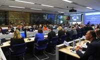 L'UE s'engage à un « effort accru » pour endiguer l'épidémie d'Ebola