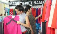 Les Vietnamiens privilégient les marchandises vietnamiennes