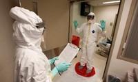 L'OMS revoit ses recommandations pour se protéger contre Ebola