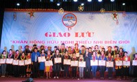 Échange amical entre les enfants de Lang Son et du Guangxi