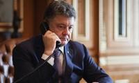 Entretien téléphonique entre Poutine et Porochenko sur la crise ukrainienne