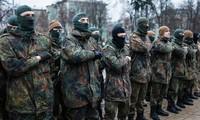 Ukraine : les manifestants demandent à Petro Porochenko de démissionner