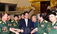 Le Premier ministre rencontre les anciens combattants de la citadelle de Quang Tri