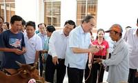 Nguyen Thien Nhan encourage Tra Vinh à instaurer un nouveau modèle de coopérative