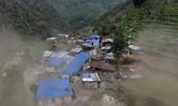 Népal : l'aide commence à atteindre les villages reculés les plus touchés