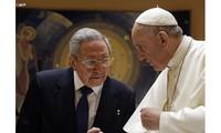 Le président cubain Raul Castro reçu par le Pape