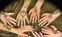 Tatouage au henné - un art transfrontalier qui vous embellit de manière très différente