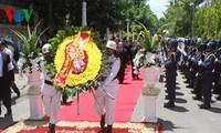 La délégation du Parti et de l'Etat vietnamiens assiste aux funérailles de Chea Sim