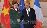 Intensifier la coopération défensive vietnamo-française