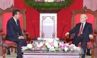 Nguyen Phu Trong reçoit l'ambassadeur nord-coréen