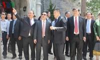 Le Premier ministre laotien à Hoi An