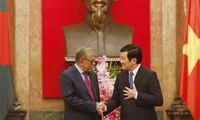 Le président du Bangladesh est arrivé au Vietnam